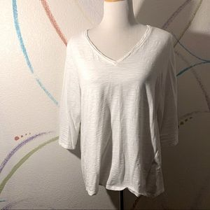 CHICOS GUC Size 2 White Ultimate Tee